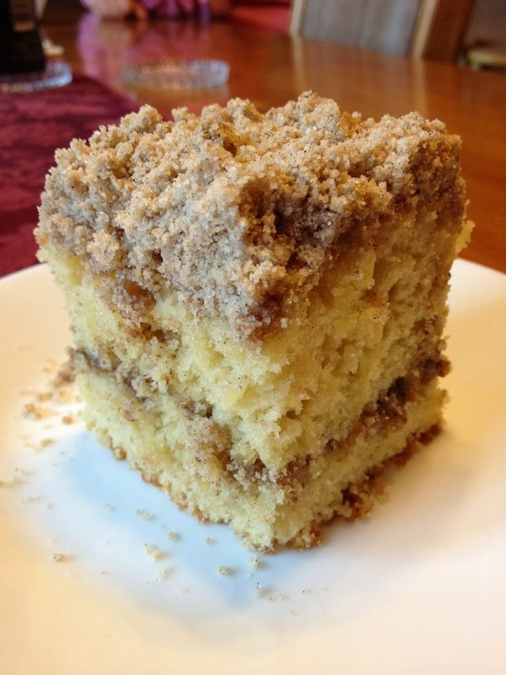 Extra Crumb Cinnamon Struesel Sour Cream Coffee Cake - Will Bake for ...