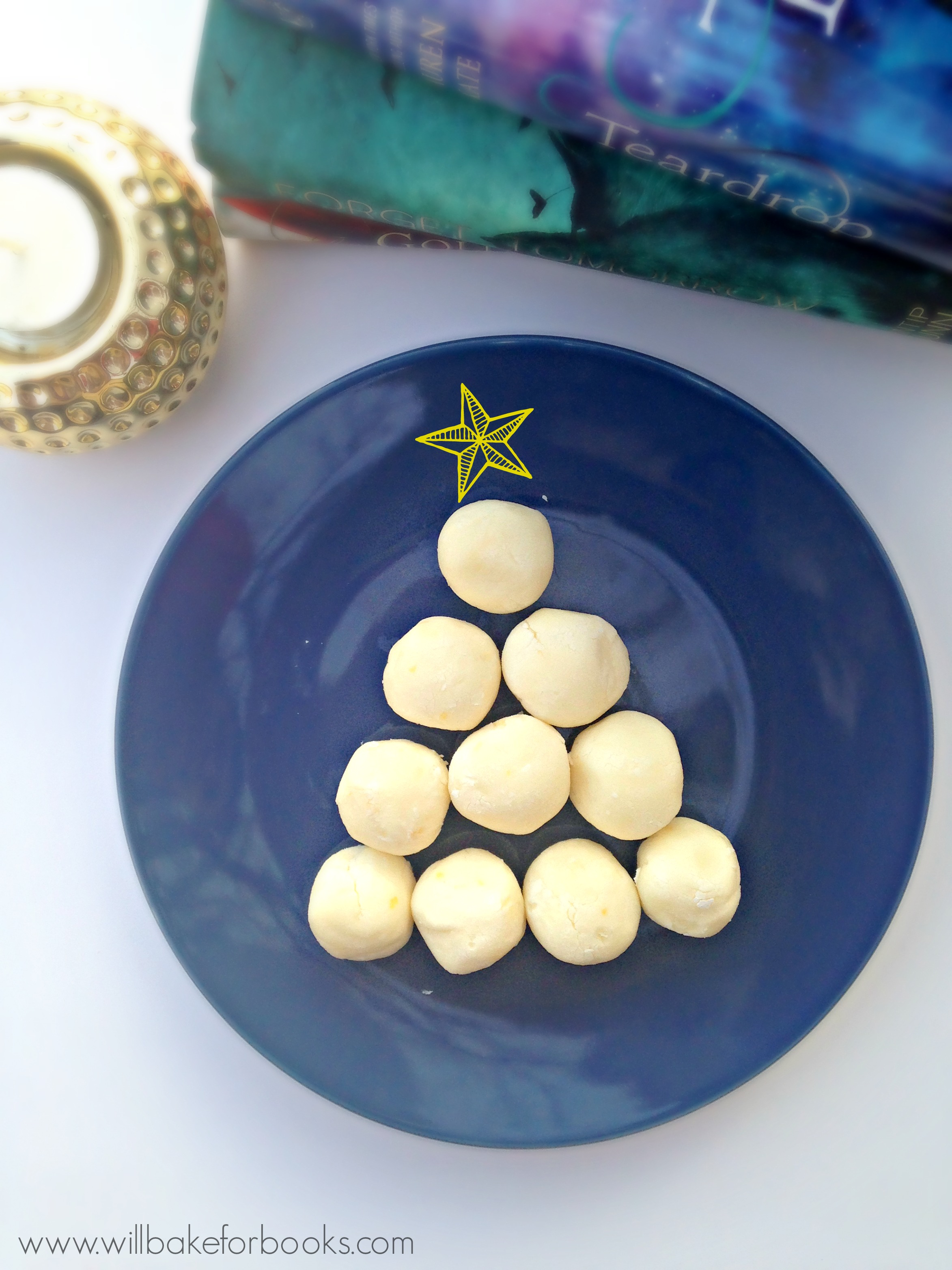5-Ingredient White Chocolate Lemon Truffles | on willbakeforbook.com