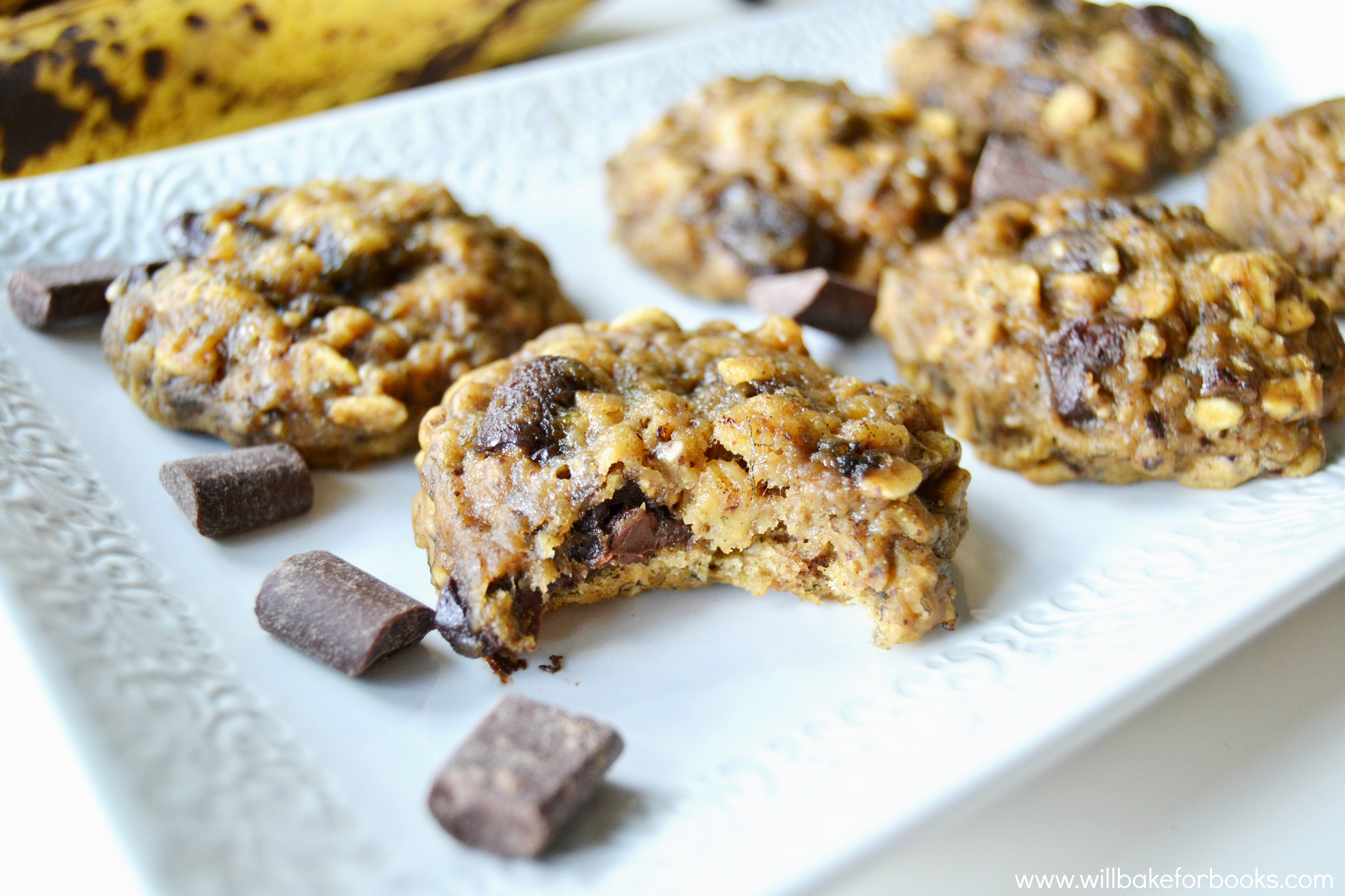 Chocolate Chunk Banana Bread Cookies from willbakeforbooks.com #vegan